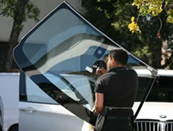 Auto Glass Replacement in Long Beach